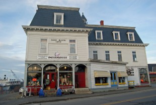 The starting point for Moosehead Lake exploration is the town of Greenville