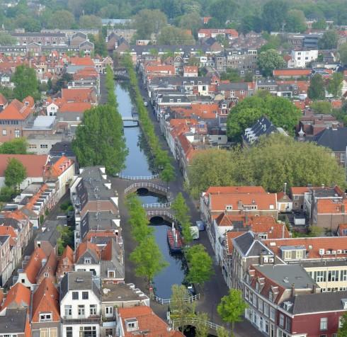 Delft Canal from Nieuwe Kerk