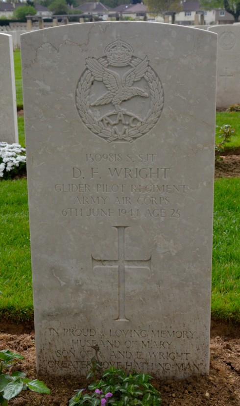 D.F. Wright, Glider Pilot in Ranville War Cemetery