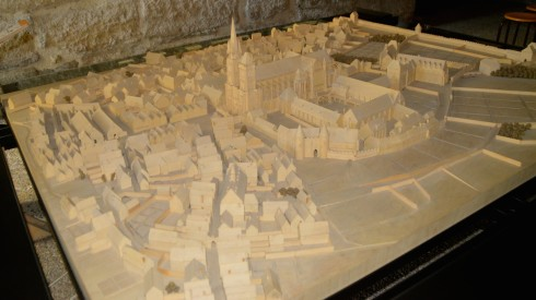 Model of 16th century St. Denis