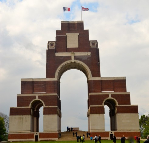 Photo of Thiepval Memorial to the Missing