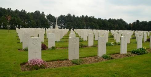 Calais Canadian Cemetery