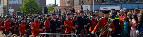 Massed pipe band in the Wageningen Liberation Parade