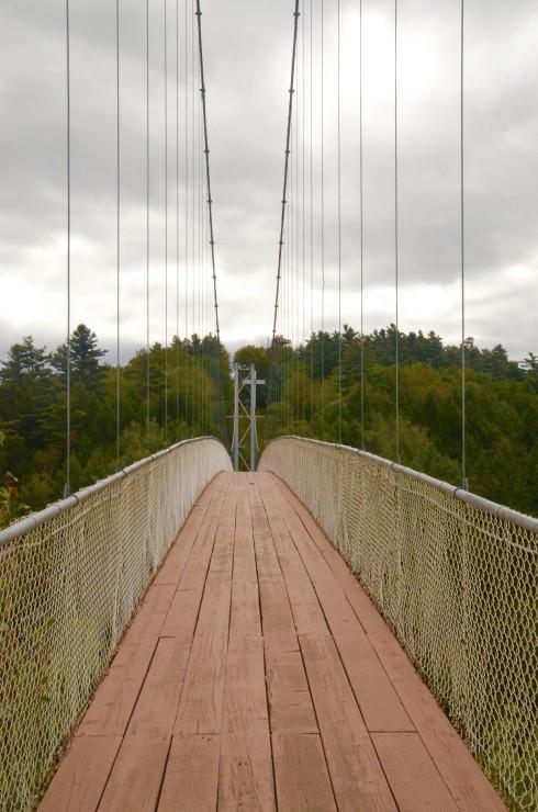 The suspension bridge over Coaticook Gorge