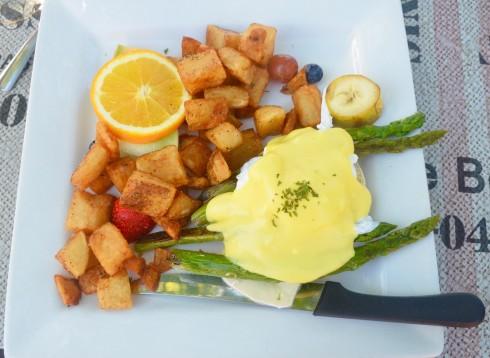 Eggs Benedict Asperges, Cafe de la Brulerie