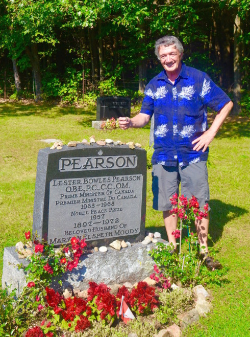 Grave of Lester Pearson, Wakefield Quebec