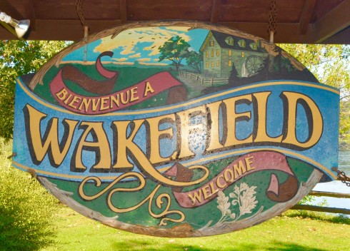 Welcome to Wakefield Quebec sign