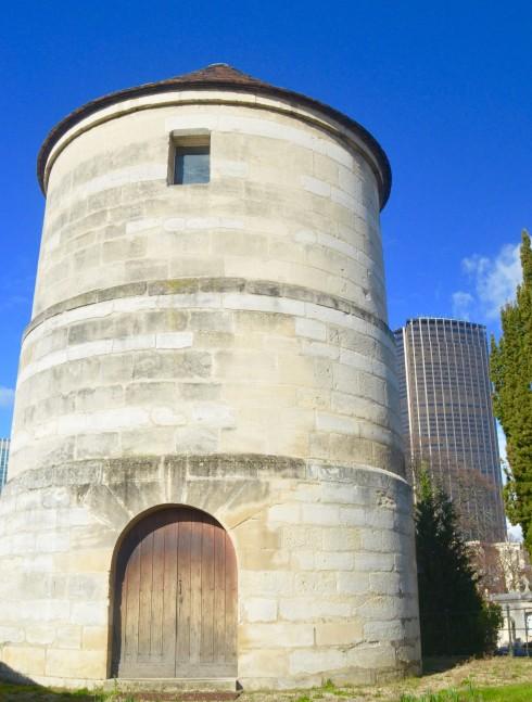 Moulin Tower Montparnasse Cemetery