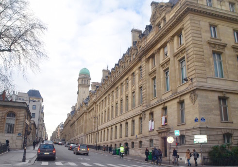 Latin Quarter Paris - Rue St. Jacques and the Sorbonne