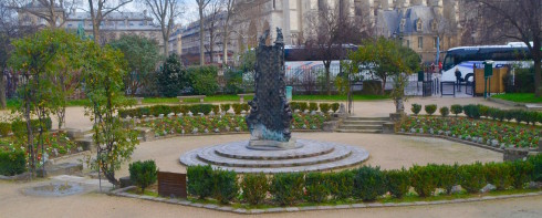 Latin Quarter parks