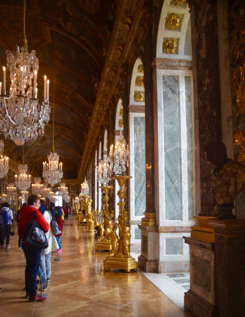 Side view of the Hall of Mirrors