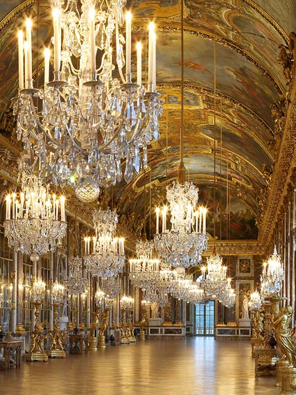 Visiting Versailles - the Hall of Mirrors