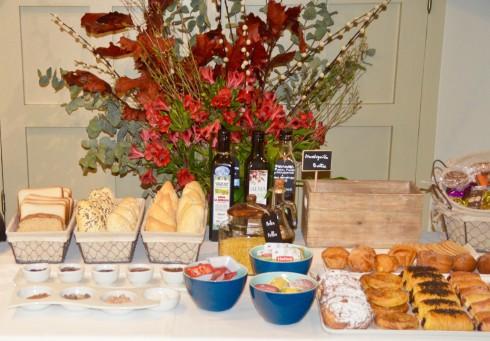 Balcon de Cordoba breakfast buffet
