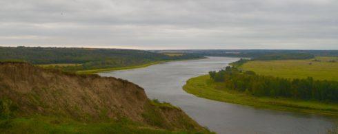 Cliffs at Batoche