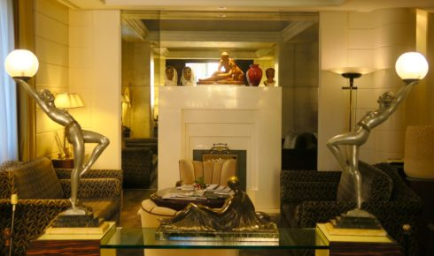 Lord Byron Hotel Library