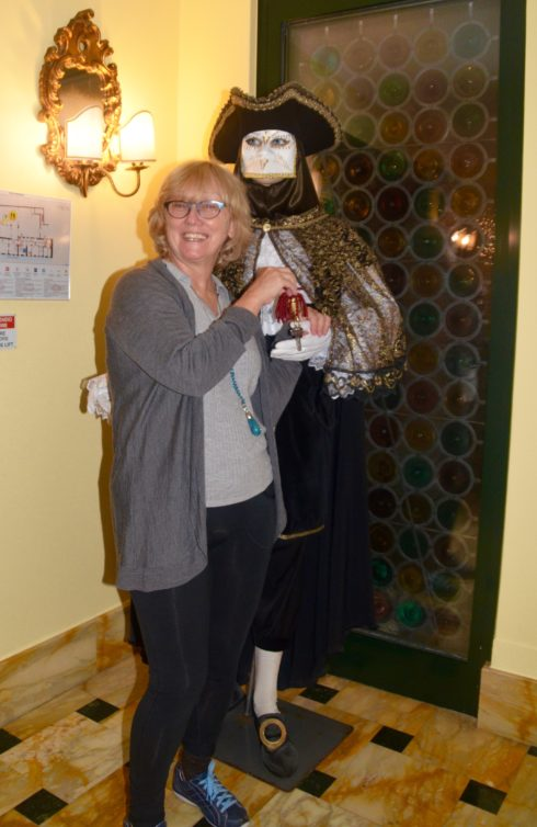 Alison and the Carnivale Elevator Man
