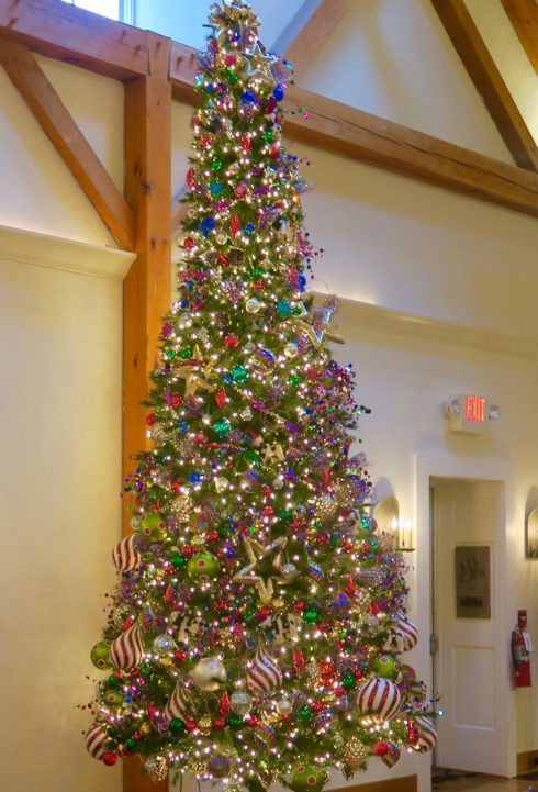 Montchanin Village Inn Christmas Tree