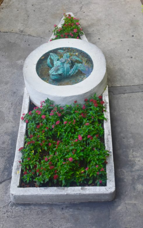 Ironclad Fountain, Hemingway House