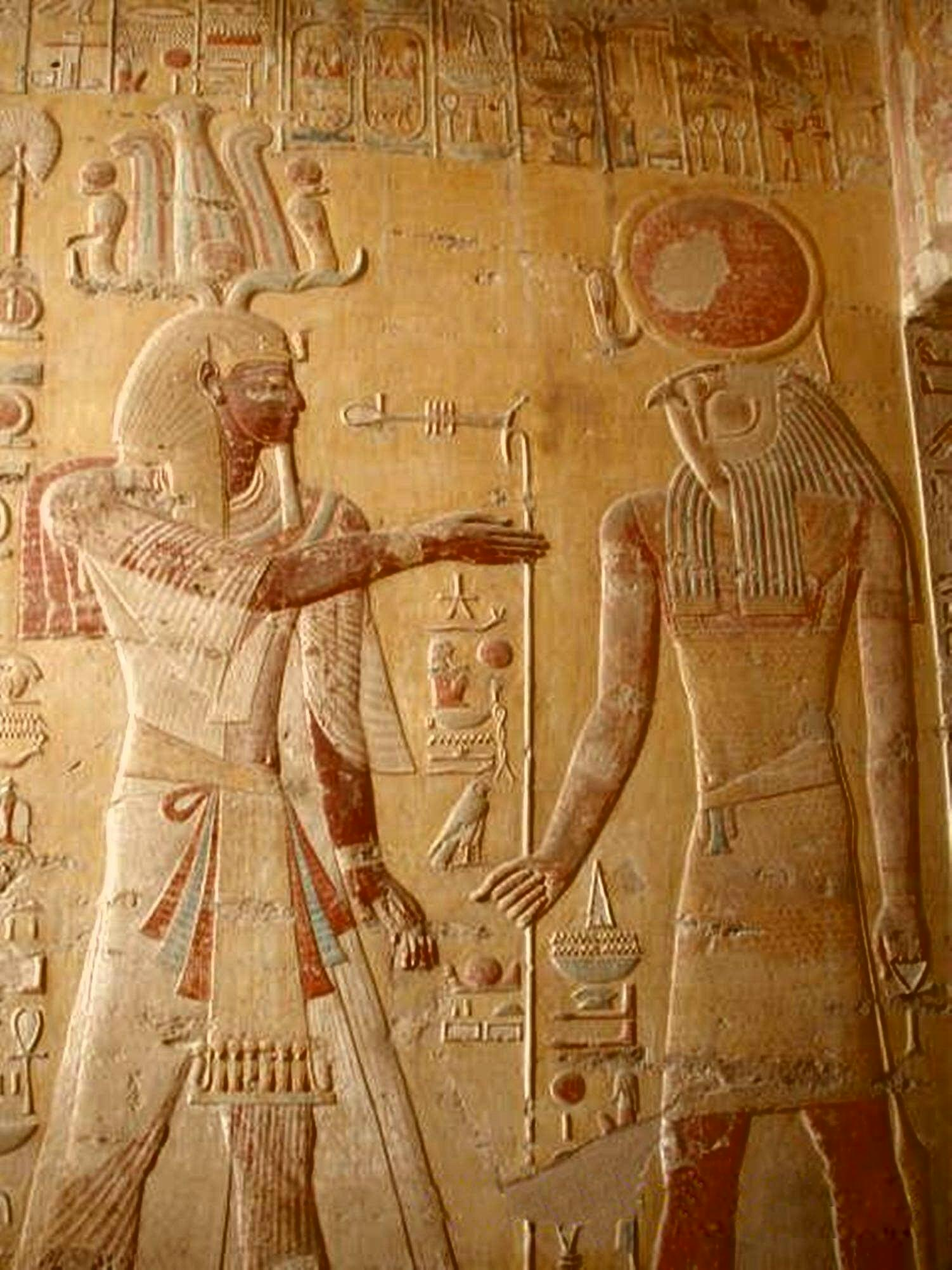 Merenptah Having a Chat With Horus