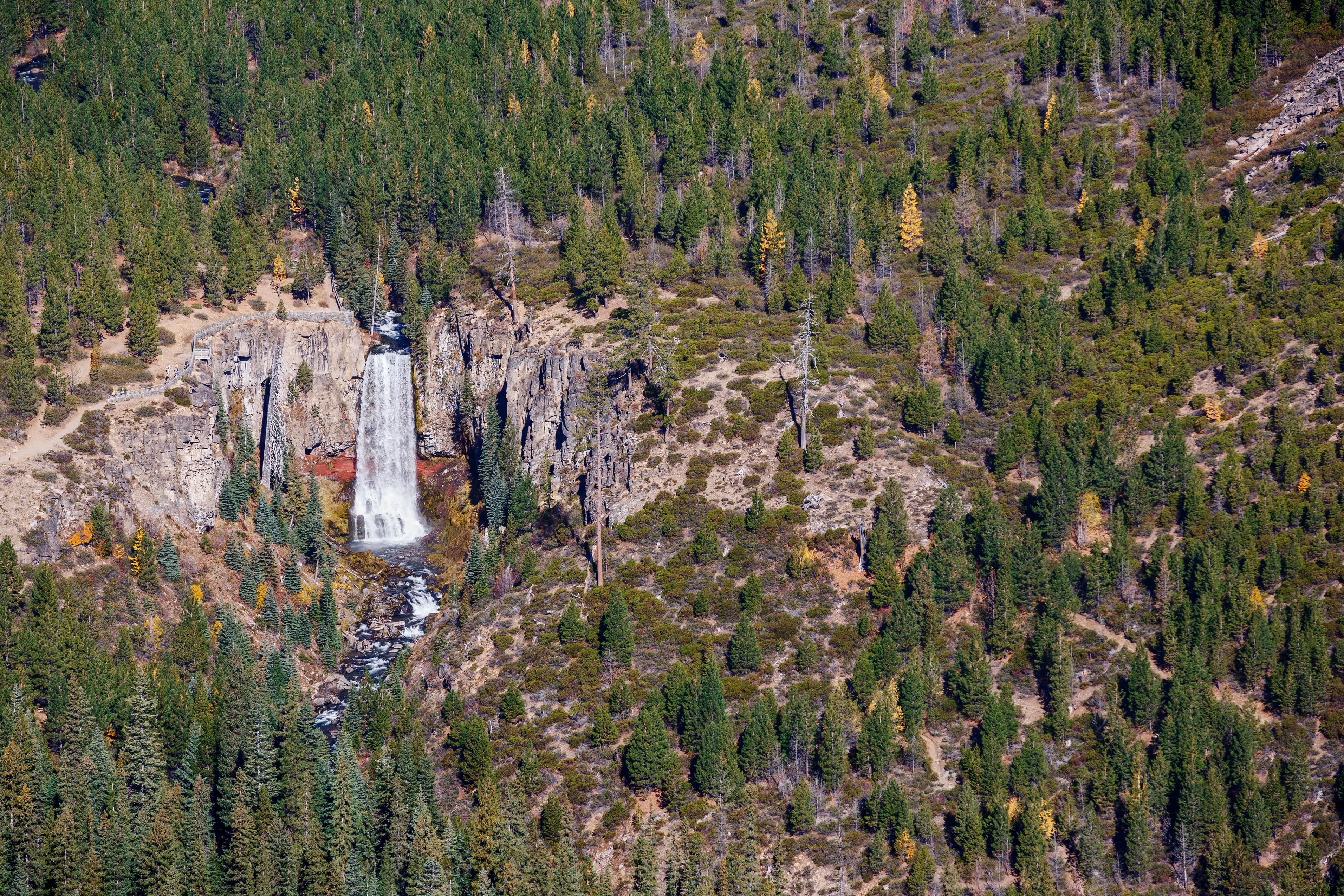 Central Oregon Cascade Range Heli Tour