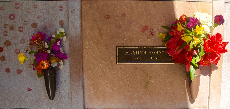 Marilyn Monroe, Westwood Village Cemetery