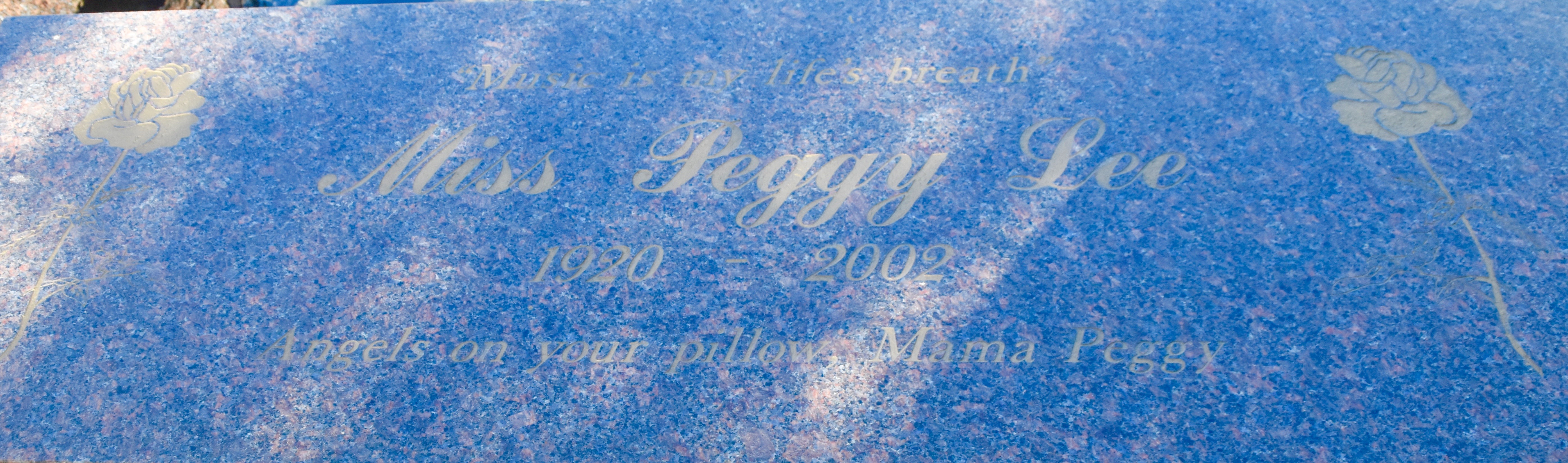 Peggy Lee, Westwood Village Cemetery