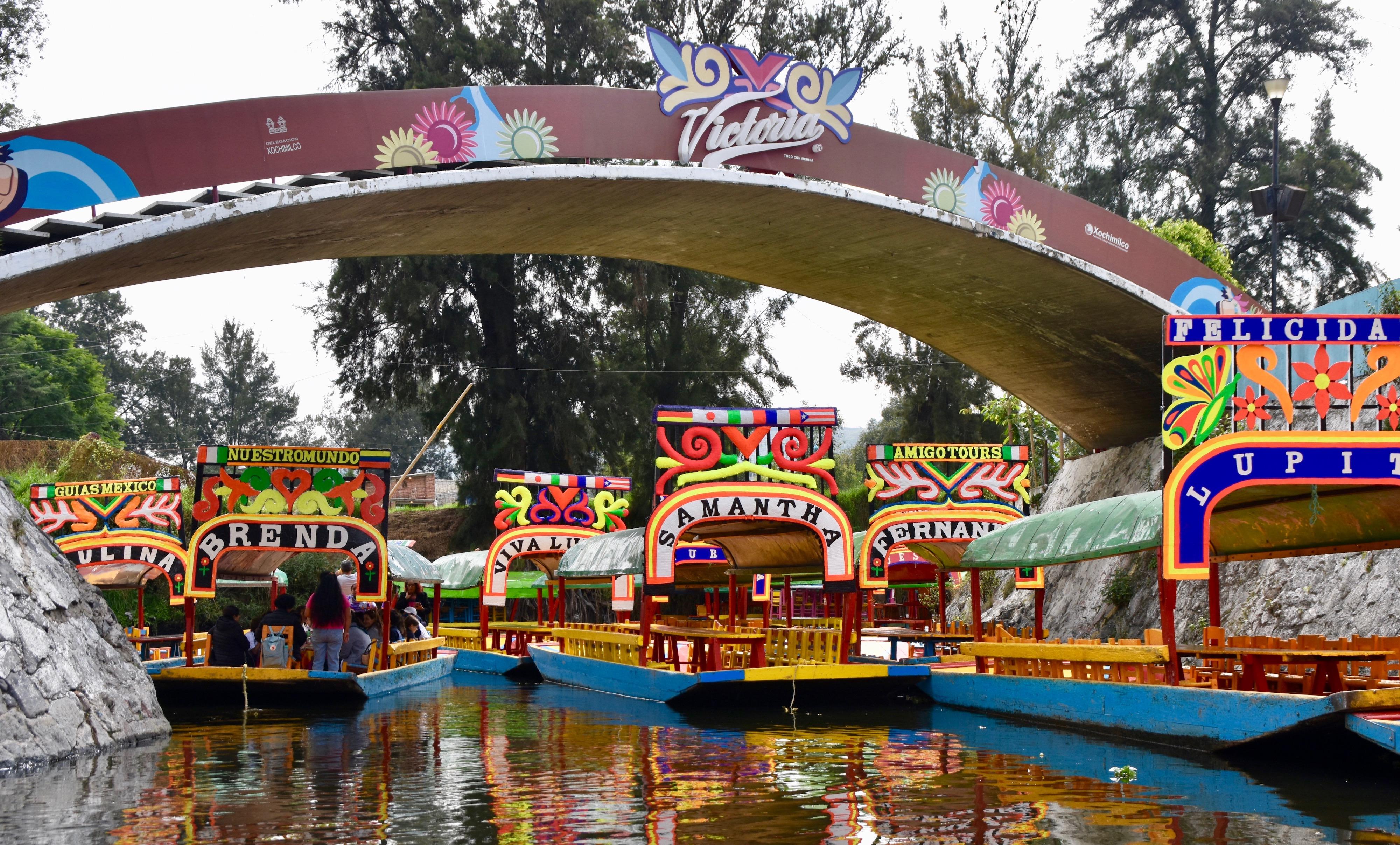 Victoria Bridge, Xochimilco