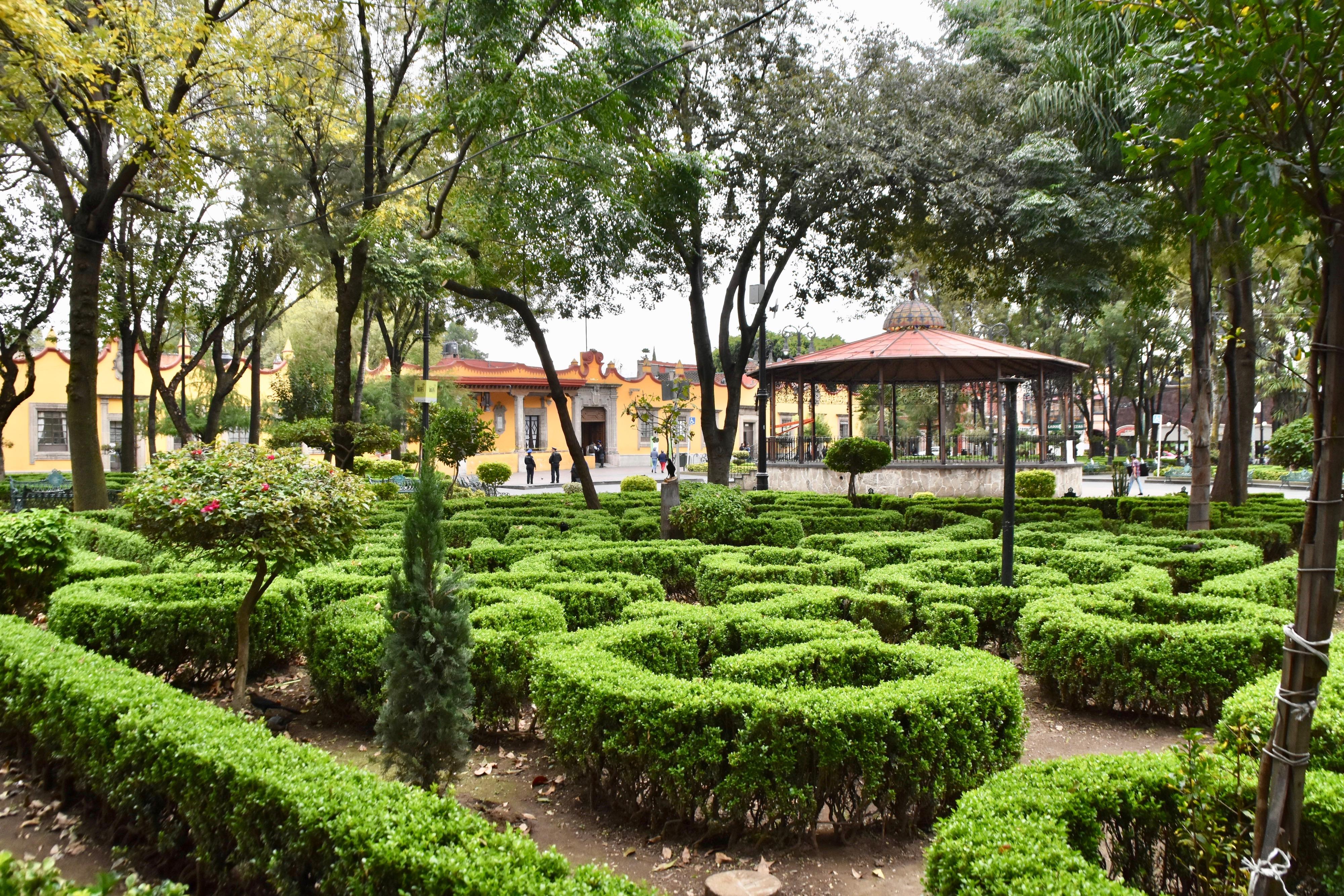 Jardin Centenerio, Coyoacan