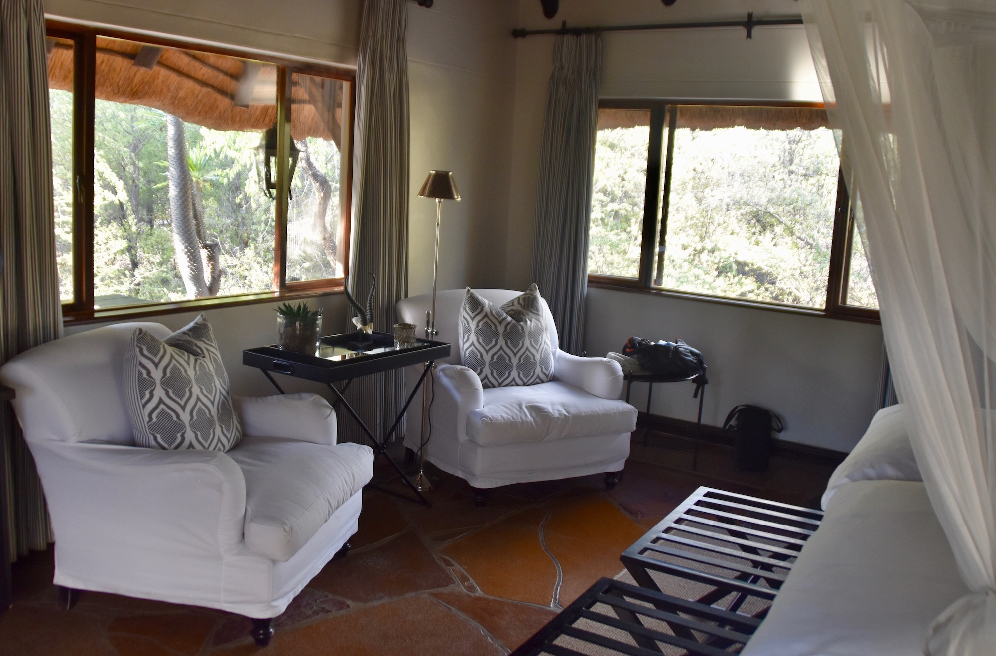 Sitting Area, Cottage 5, Mushara Lodge
