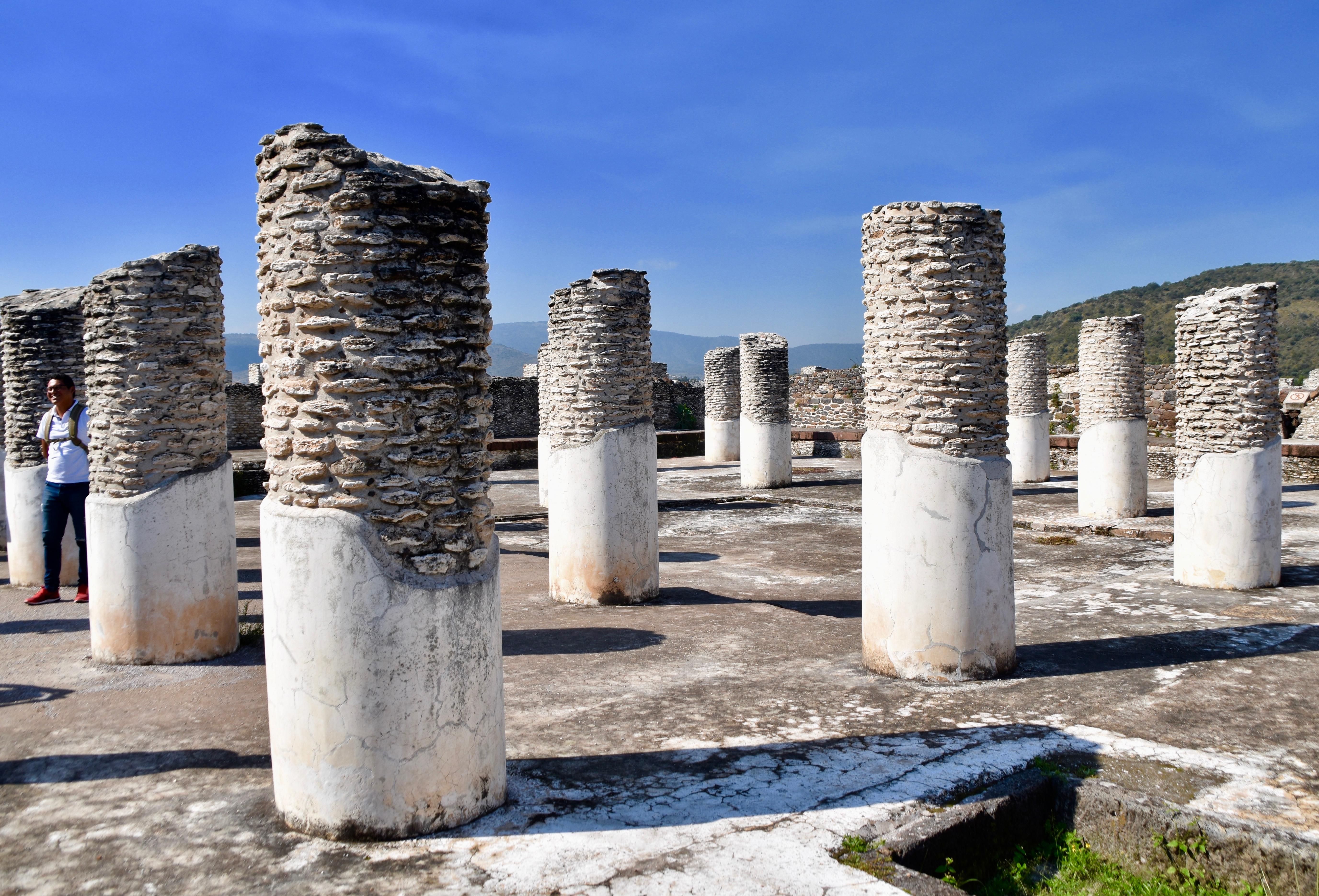 Tula Round Pillars