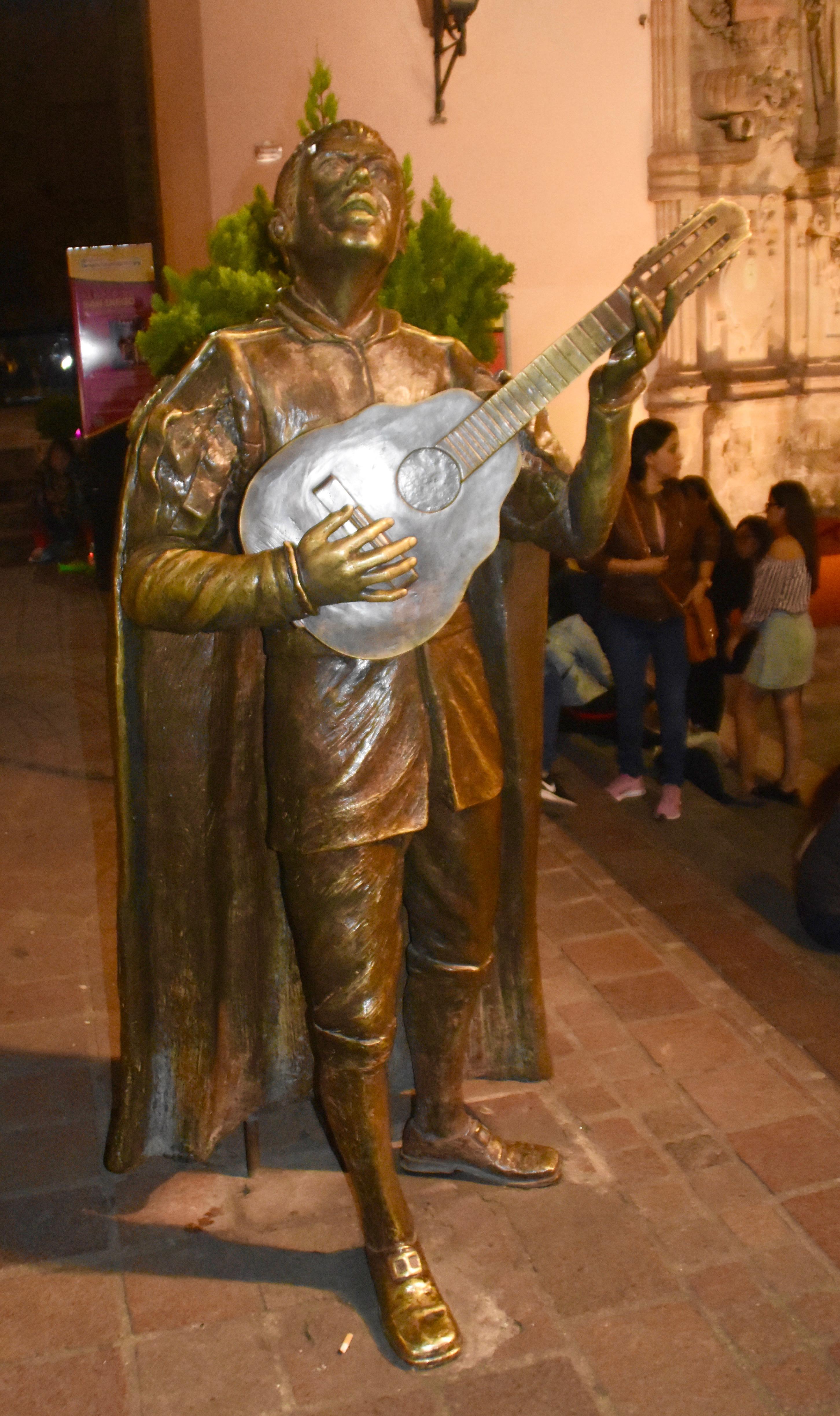 Troubador Statue, Guanajuato