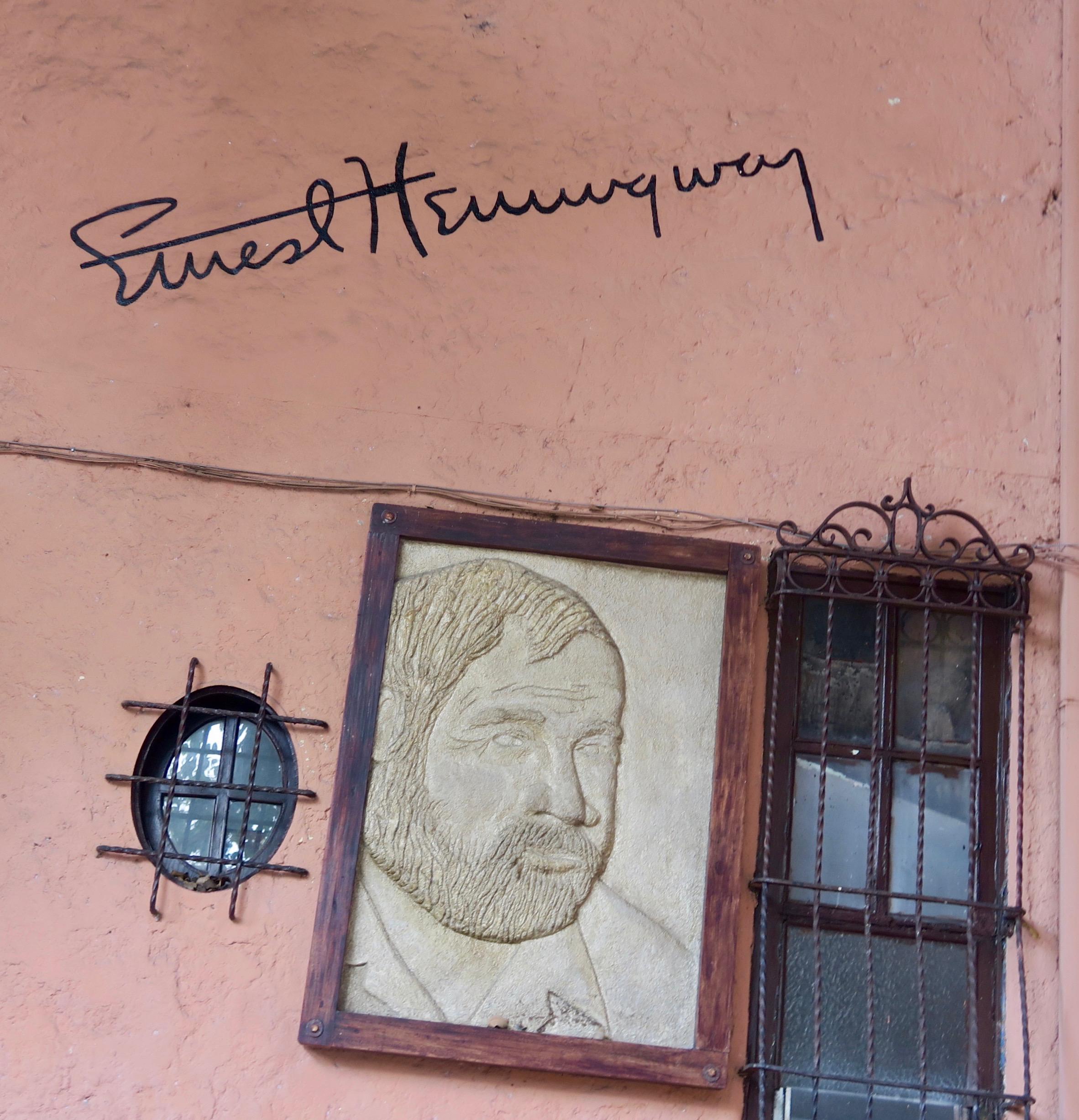 Ernest Hemingway Inn, San Jose