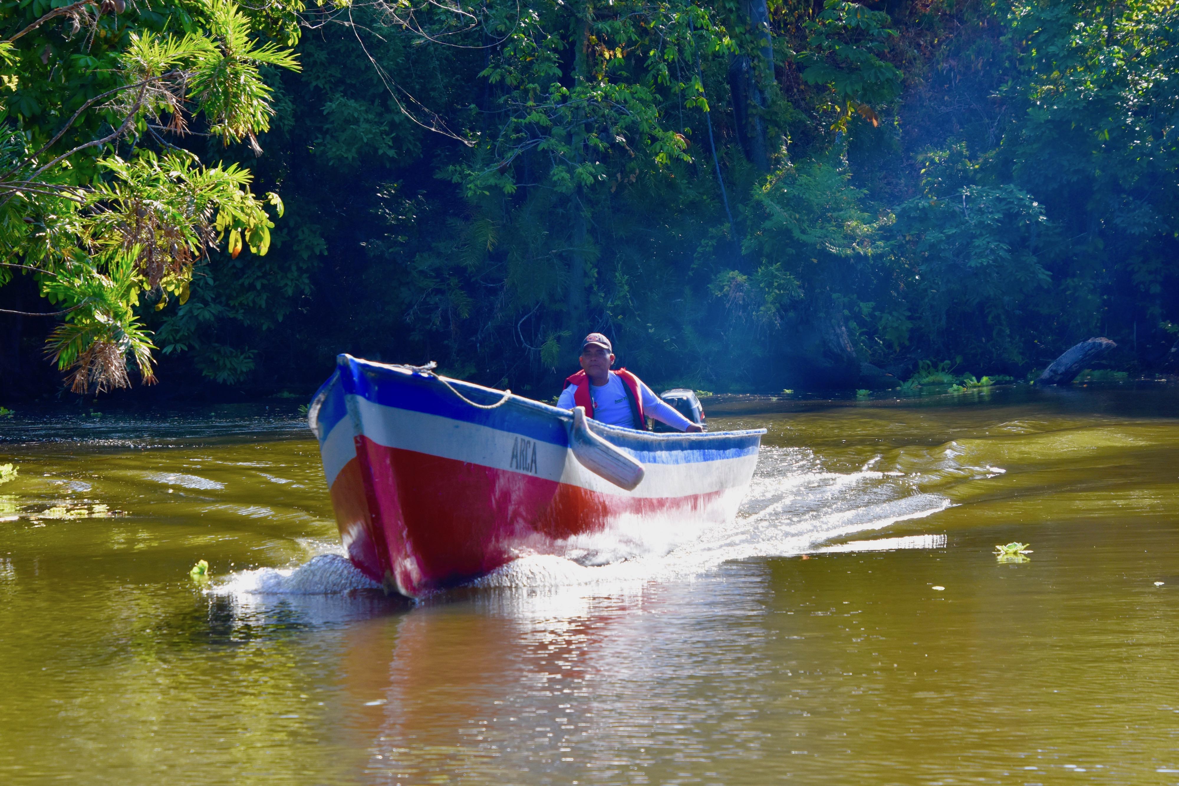 Local Boat, Los Isletas
