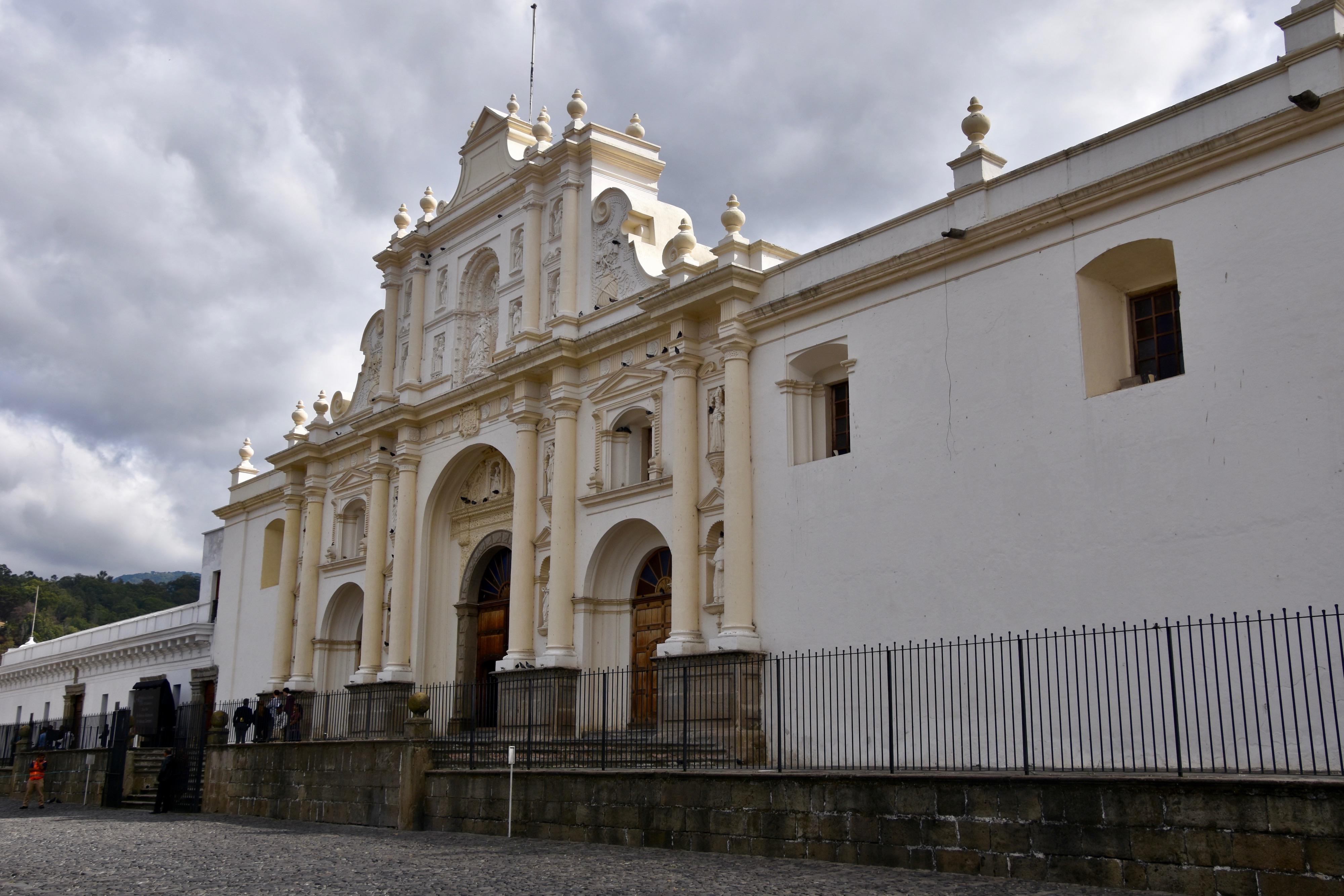 Catedral de Santiago, Antigua